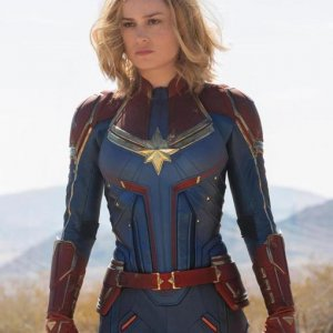 Captain Marvel Carol Danvers Blue Red Jacket