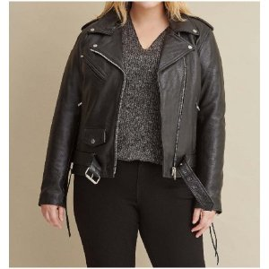 womens-plus-size-black-biker-jackets